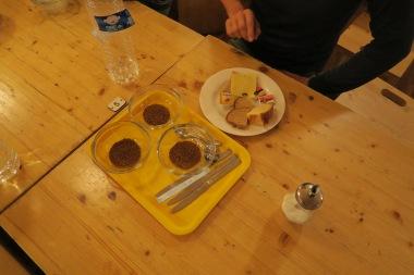 Morgunmatur og kaffi í skál